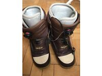 Niu Boa style thirty two snowboard boots. Size 9