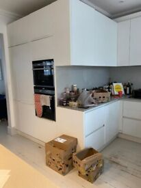 OPEN TO OFFERS - 30k Large German Kitchen, white cabinets with Quartz Stone, Siemens appliances