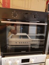 SAMSUNG Electric Oven - Black Stainless 60CM