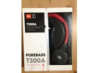 **BRAND NEW** JBL T300A Red & Black Stereo On-Ear Headphones with Microphone