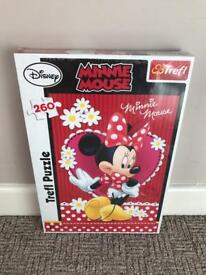 Unopened - Disney 260'piece Minnie Mouse puzzle