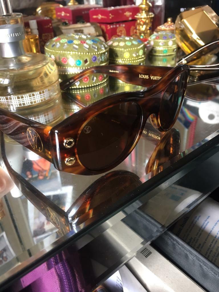 af8cc5289c5a Louis Vuitton sunglasses D G sunglasses ladies