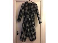 New boohoo ladies jacket size 10/12