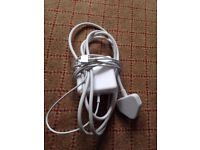 Apple charger (MacBook Pro with 13-inch Retina display)