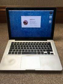 "MacBook Pro 13"" 2.3GHz i5 320GB Early 2011"