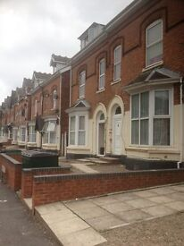 STUDIO and ONE BED FLATS TO LET NO DEPOSIT NECESSARY FROM £350.00