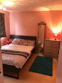double bedroom in luton
