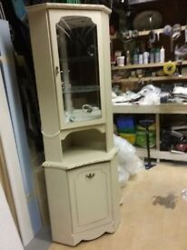 Shabby chic corner unit