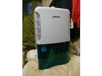 CONNECT-IT Dehumidifier, very good clean condition, 10 litres/day, 2.5 litres capacity.