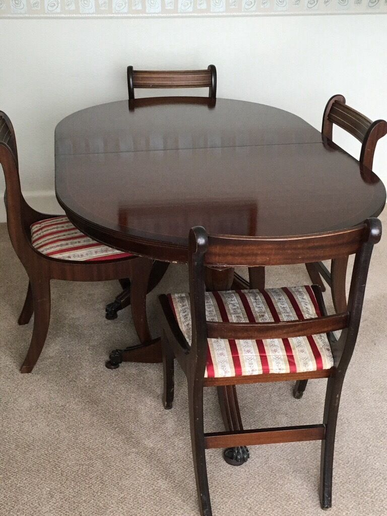 Reproduction Extending Dining Table And 6 Sabre Leg Chairs From Mander Furniture Co Circa 1992 In Yeovil Somerset Gumtree
