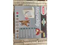 PETPORTE MICROCHIP CAT FLAP by STAYWELL. PERFECT WORKING CONDITION. BOXED