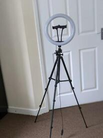 Ring light and tripod