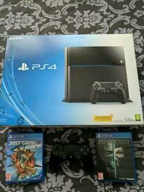 Sony PlayStation 4 PS4 500 GB + 2 Games Excellent Condition BOXED