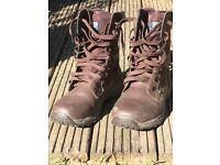 Brown leather men's boots Size 8