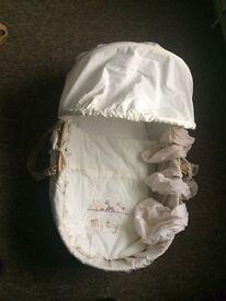 Moses basket, sheets and mattress