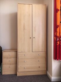 Nice wardrobe for sell with side drawer