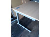 Lee & Plumpton Desk 1200 x 800 x 725 in good condition