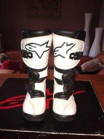 childs Alpinestars motocross/trials boots