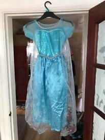 Elsa dress. 8/9 years.
