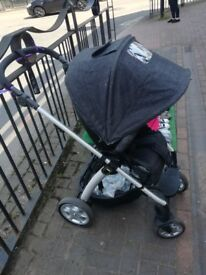Mama's & Papa's Solar Pushchair With Raincover