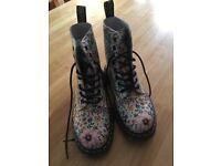 Brand New Doc Marten Boots. Size 4 Beautiful flower design