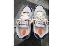Heelys UK Size 5 Boys - Sport White/Navy/Red colour