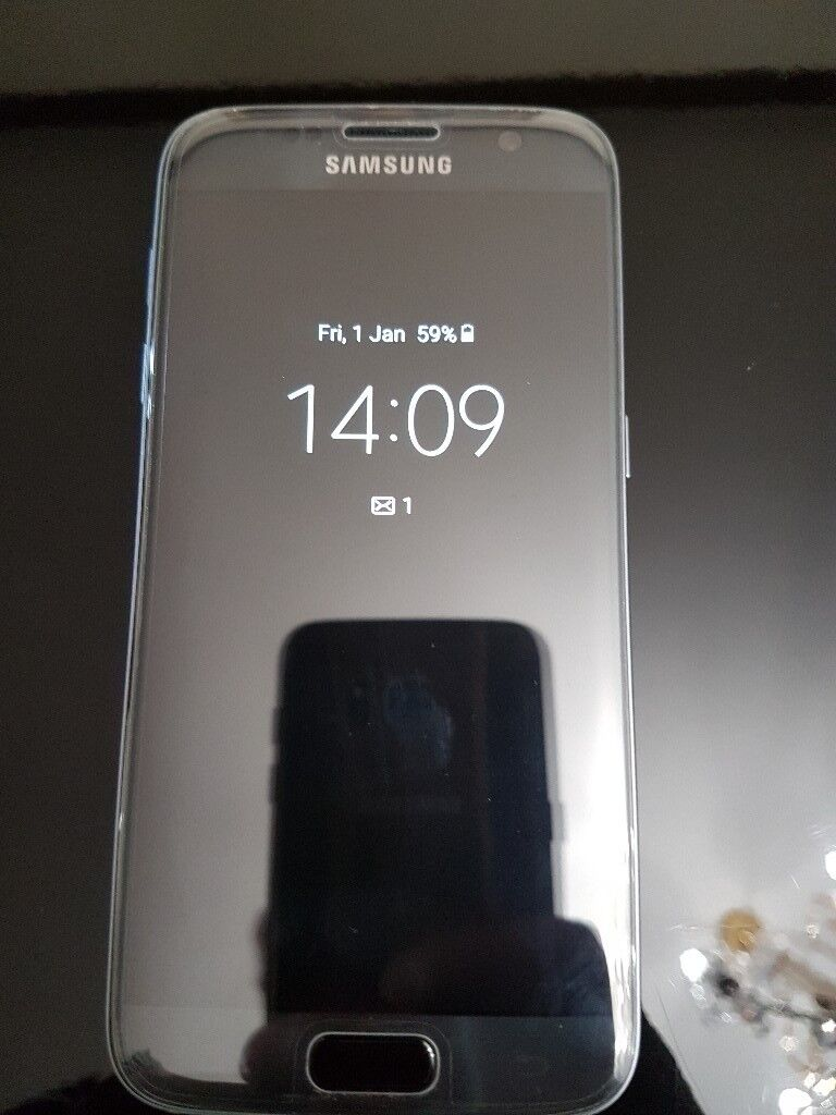 SAMSUNG S7 GLOSS BLACK OPEN TO ALL NETWORK IN ABSOLUTELY MINT CONDITION