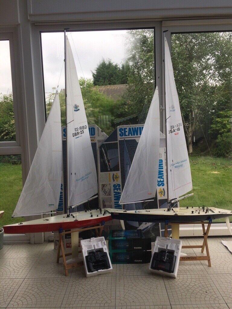 Two 1 metre long radio controlled model yachts   in Shrewsbury, Shropshire    Gumtree
