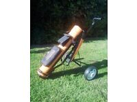 Donnay Junior Pro Golf Clubs, Bag and Trolly