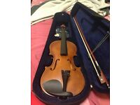 4/4 Aileen Violin w/ case and accessories