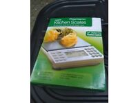 Weight Watcher brand new boxed kitchen scales central Ldn