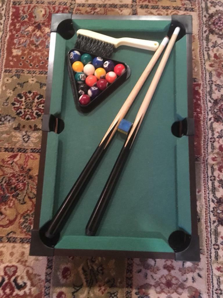 Mini snooker table for sale