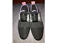 River island ladies black /coloured trainers size 4