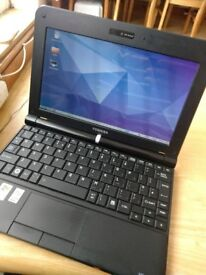 Small toshiba Laptop netbook working linux £30