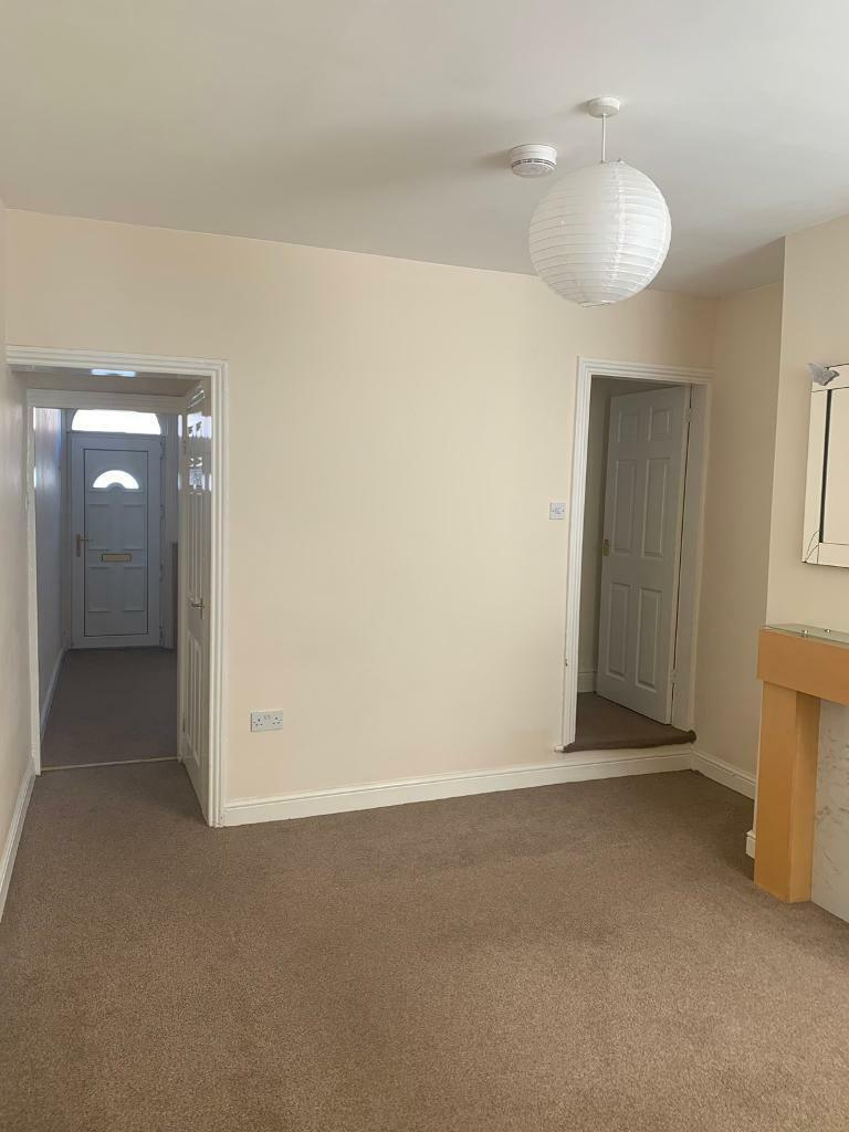 Two Bed Modern Mid Terraced House In Masterson Street