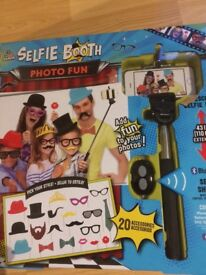 Selfie stick- funny faces