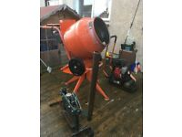 Belle 240v Cement Mixer with extra stand.