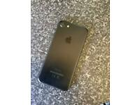 iPhone 7 32G Like new hardy used