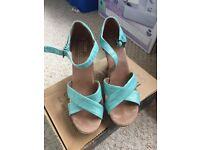 Toms strappy wedge sandal size 4