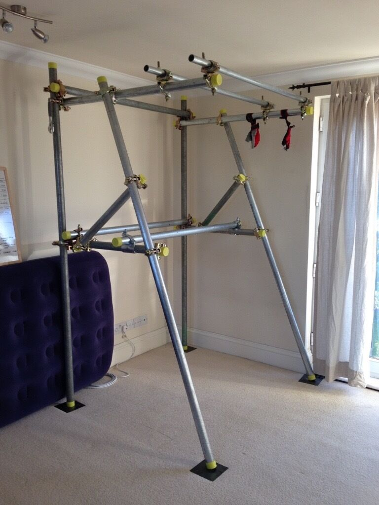 Sturdy homemade pull up bar dipping station in wimbledon for Homemade pull up bar plans