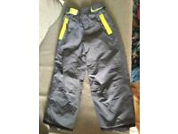Mini Boden salopettes Ski snow trousers 5-6