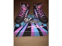 ROLLER BOOTS, SIZE 6
