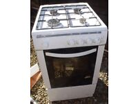 GAS COOKER + OVEN 4 rings self standing