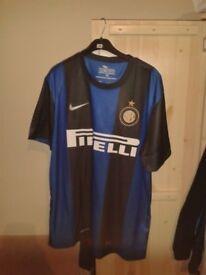 Inter Milan football top / tshirt