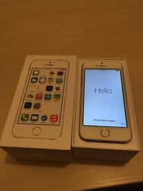 Gold iPhone 5s 16GB - Great Condition