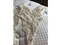 Lace bodicecut out