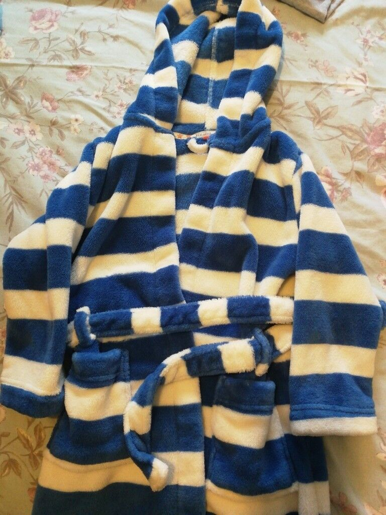 John Lewis Dressing Gown Age 5 In Mill Hill London Gumtree