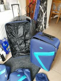 Suitcase bundle
