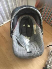 Pushchair and car seat