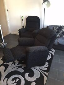 LaZboy luxury hydroloc arm chair EXCELLENT CONDITION / armchair / sofa / reclining